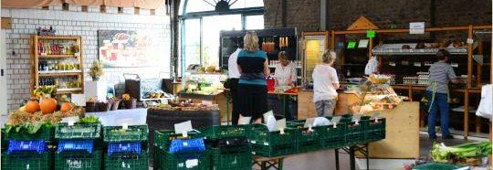 Hofladen Bauernladen frische Erzeugnisse